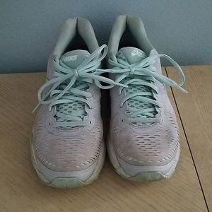 Asics Gel Kayano Running Shoes Sz 8.5 Mint Gray